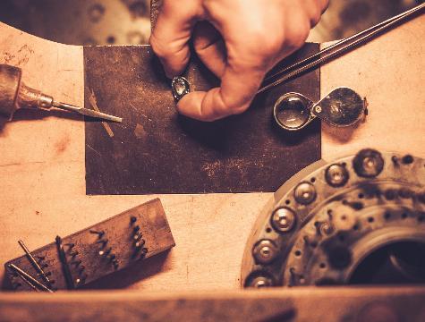 Atelier de bijouterie sur place